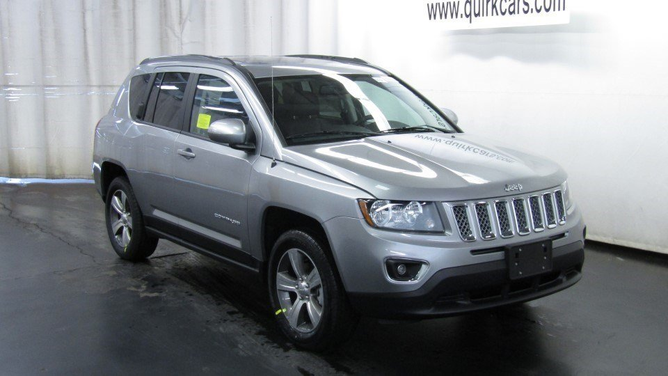 new 2017 jeep compass high altitude sport utility in boston cj1381 quirk jeep dorchester. Black Bedroom Furniture Sets. Home Design Ideas