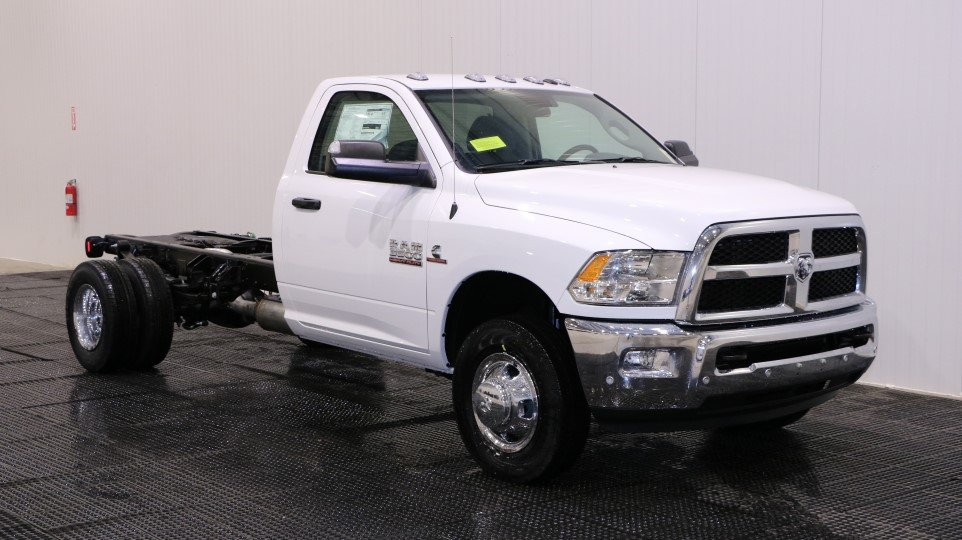 New 2018 RAM 3500 Chassis Cab Tradesman Regular Cab in ...